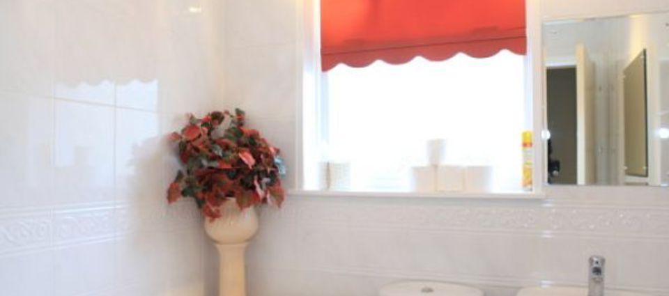 bathroom_0290.jpg