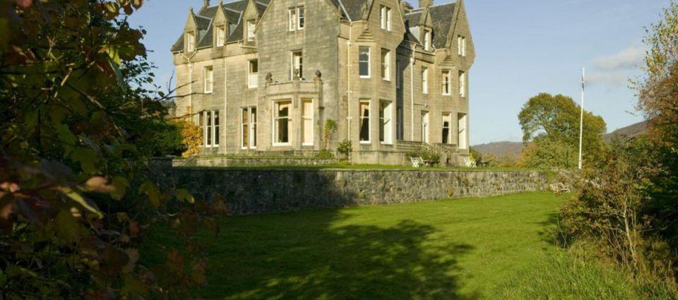 Sample dinner menu for Glengarry Castle Hotel, Invergarry