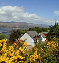 Ben Nevis mountain country - Calluna self catering apartment(s) in Fort William are perfect for walkers, climbers and outdoor people. Welcome to Ca...