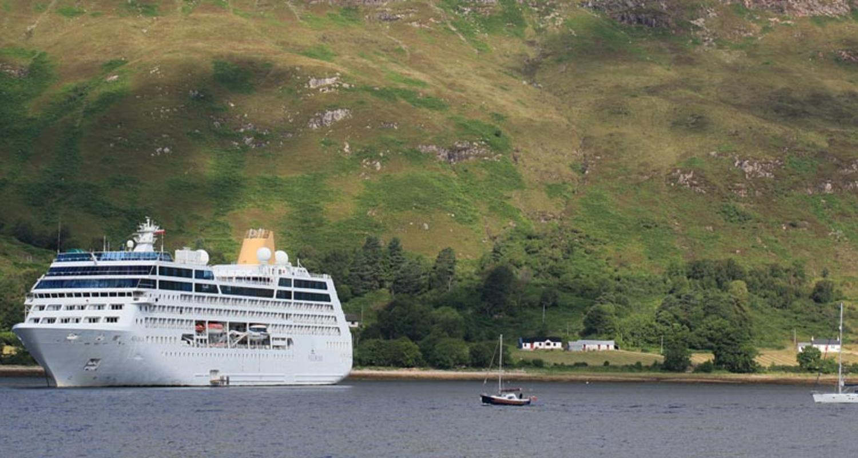 Adonia on Loch Linnhe