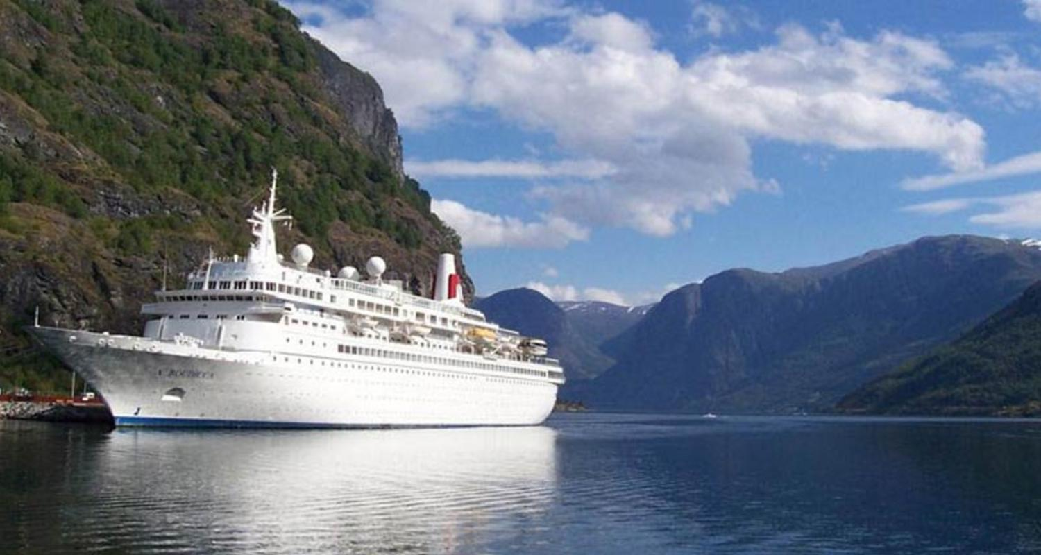 Large boudicca in flam norway