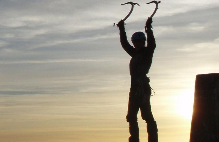 Medium large hunter mountaineering