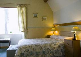 bedroom7220.jpg