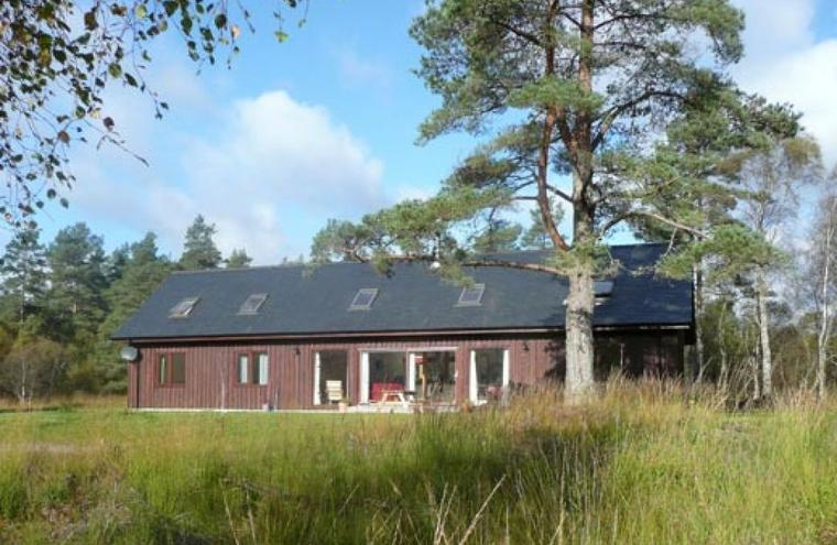 Medium large nevis lodge exterior