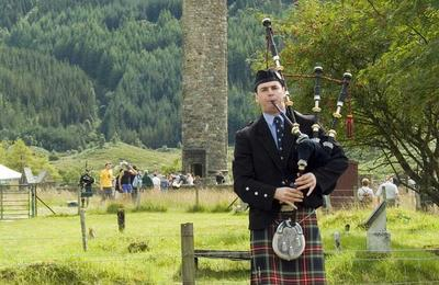 Glenfinnan Piper