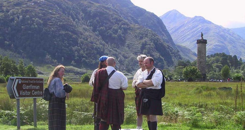 Clansmen at Glenfinnan