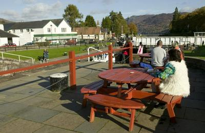 Picnicing at Fort Augustus