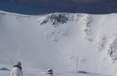 An impressive ridge of snow