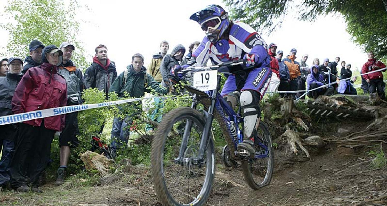UCI Downhill competitor