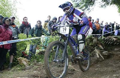 UCI Downhill competitor