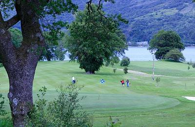 Golfers at Dragon's Tooth