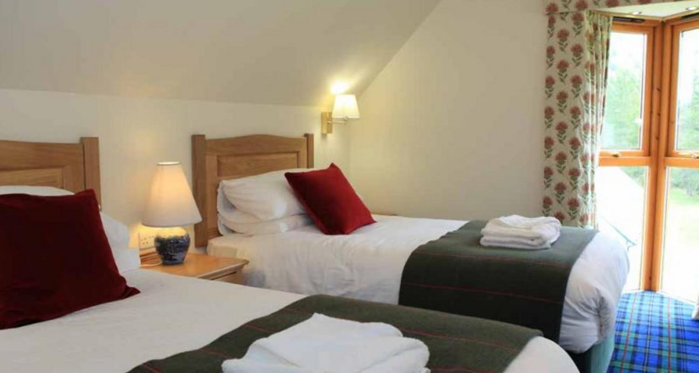 4 Star luxury Lodges